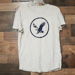 American Eagle Outfitters white graphic top M